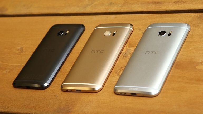Photo of HTC 10 Android 8.0 Oreo update available now