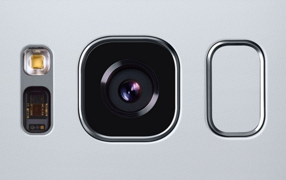 Photo of Samsung announces 64MP and 48MP sensor for smartphone cameras